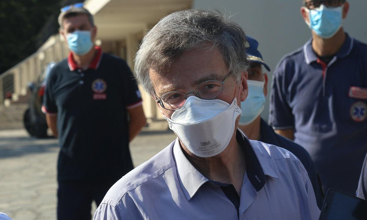 Πότε θα υπηρετήσετε πραγματικά την επιστήμη κ. Τσιόδρα;