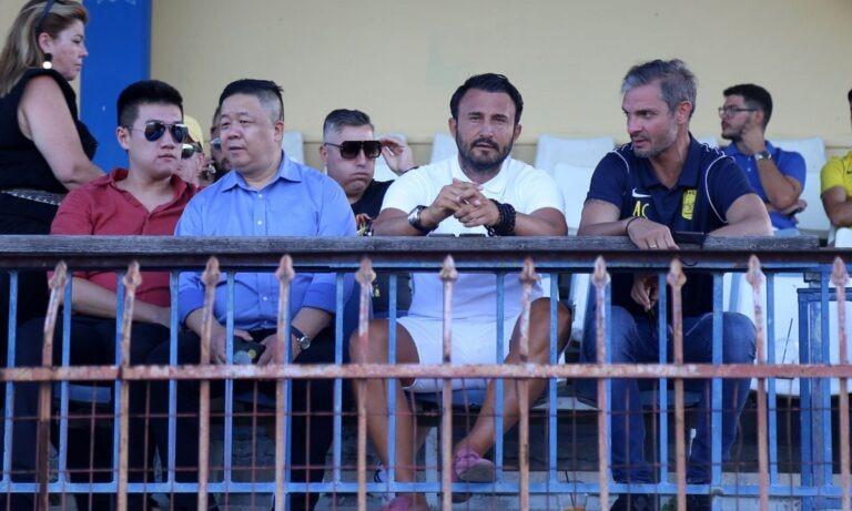 Άρης: Στο γήπεδο με δύο Κινέζους επιχειρηματίες ο Καρυπίδης – Παρόντες και οπαδοί (pics)