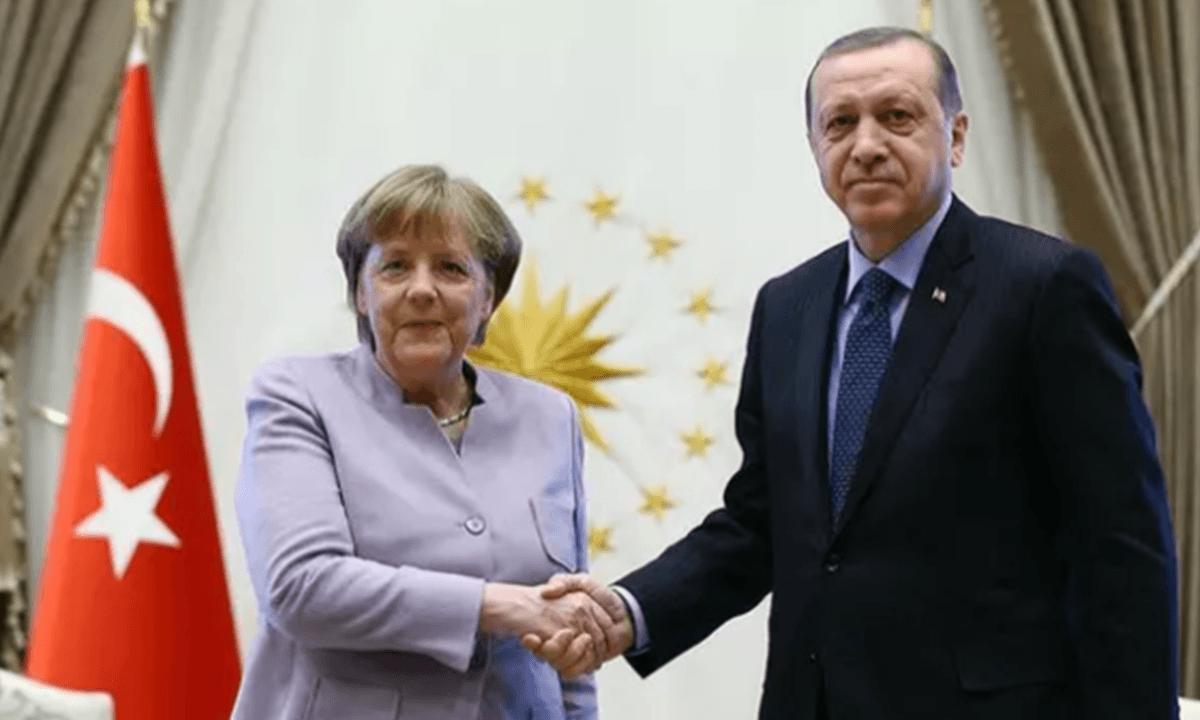 Ερντογάν: Επικοινωνία με Μέρκελ-Τι ειπώθηκε. Τηλεφωνική επικοινωνίαείχαν το μεσημέρι της Πέμπτης οΤούρκος πρόεδροςΡετζέπ Ταγίπ Ερντογάνκαι η Γερμανίδα καγκελάριοςΆνγκελα Μέρκελ.