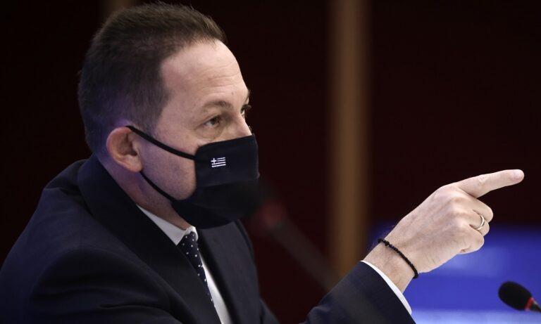 Πέτσας: Κυρώσεις για όσους μαθητές δεν φορούν μάσκα