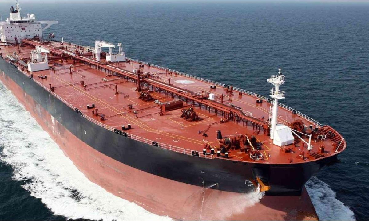 Νεκρός Έλληνας ναυτικός από την πυρκαγιά στο φορτηγό πλοίο στην Αραβική Θάλασσα