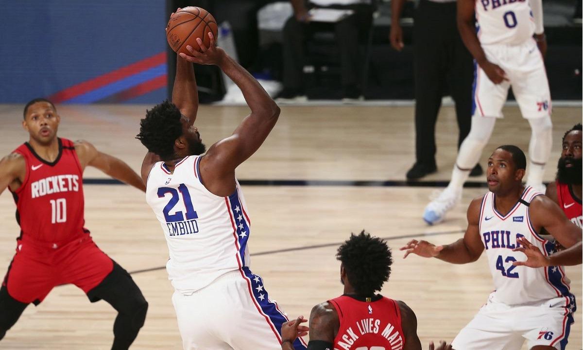 NBA: Φινάλε στην κανονική περίοδο με μία… εκκρεμότητα (vids). Η κανονική περίοδος, έστω και μέσα στη «φούσκα», ολοκληρώθηκε.
