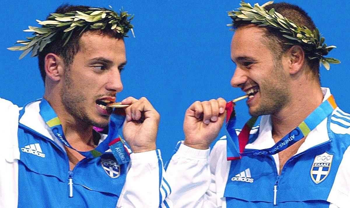 Συρανίδης – Μπίμης φέρνουν το πρώτο χρυσό Ολυμπιακό μετάλλιο στην Ελλάδα το 2004 (vid)