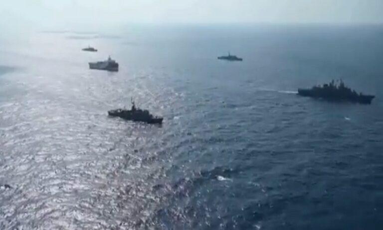 Συνεχίζουν την προπαγάνδα οι Τούρκοι – Video με το Oruc Reis και τα πολεμικά πλοία
