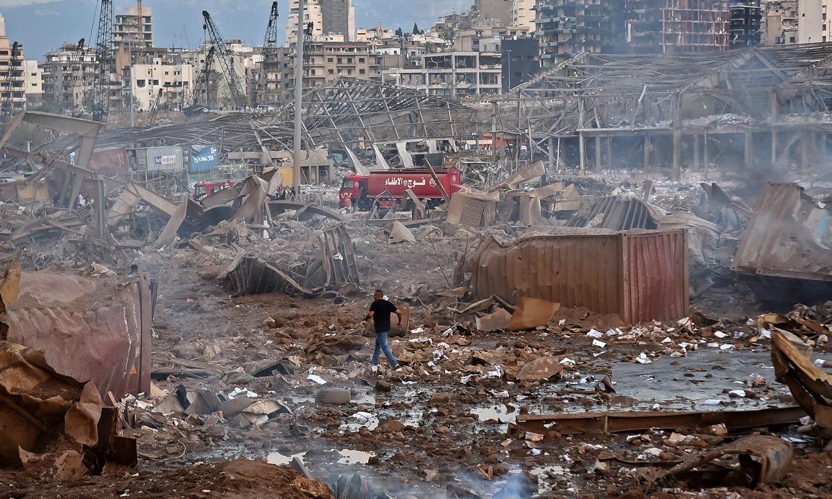 Βηρυτός: Τουλάχιστον 30 νεκροί και 3.000 τραυματίες. Η Βηρυτός μετράει τις πληγές της από τις ισχυρές εκρήξεις...