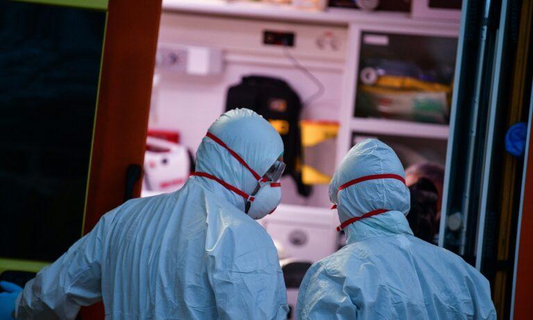 Κορονοϊός: 218 νέα κρούσματα και τρεις νέοι θάνατοι
