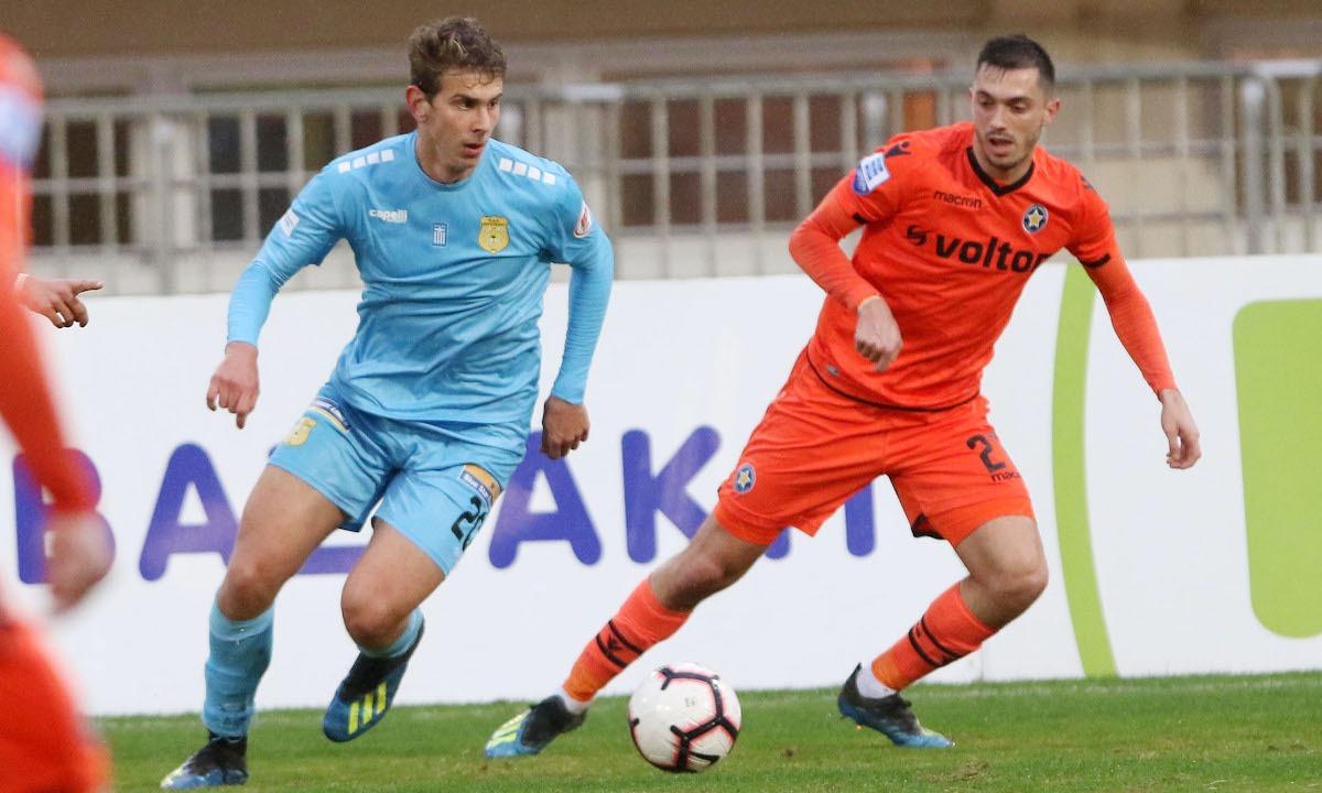 Ιατρούδης: Υπογράφει 4ετές συμβόλαιο με την ΑΕΚ. Ο Γιάννης Ιατρούδης βρέθηκε σήμερα στα γραφεία της ΑΕΚ και συμφώνησε για το νέο συμβόλαιο του με την «κιτρινόμαυρη» ΠΑΕ.
