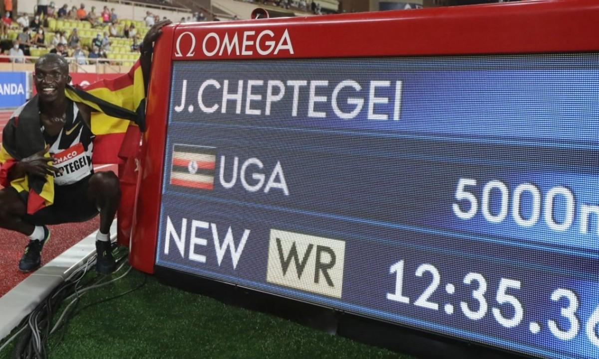Ντάιαμοντ Λίγκ Μονακό: Μυθικό παγκόσμιο ρεκόρ στα 5.000 μέτρα από τον Τσεπτεγκέι (vid). Ένα εκπληκτικό παγκόσμιο ρεκόρ που κρατούσε 15 χρόνια στα 5.000...
