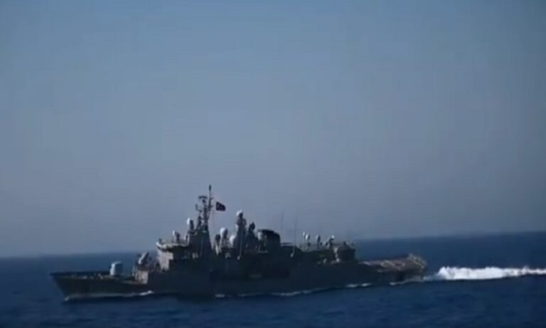 Aπίστευτο! Το τουρκικό υπουργείο Εθνικής Άμυνας δημοσίευσε βίντεο με το Kemal Reis να… γέρνει