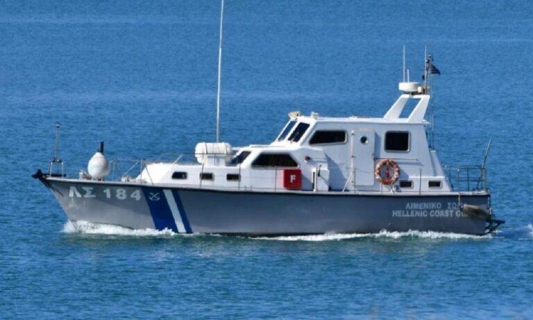 Τήλος: Προσάραξη τουρκικού πλοίου με 13 άτομα πλήρωμα