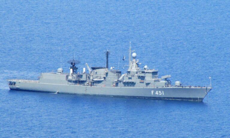 ΓΕΕΘΑ: Αρνείται πως υπήρξε ήπια σύγκρουση ελληνικής φρεγάτας με ερευνητικό του Oruc Reis