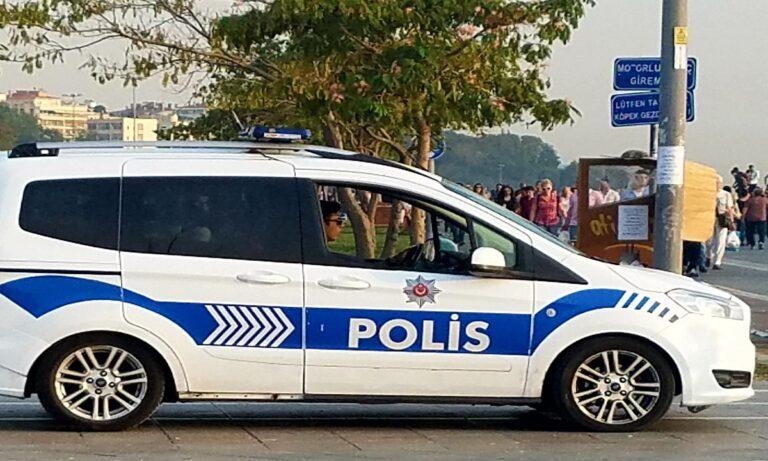 Στα βήματα του Χίτλερ ο Ερντογάν φτιάχνει δικό του στρατό και αστυνομία