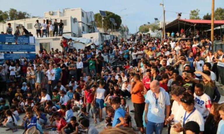 Η Γαλλία ανακοίνωσε πως παίρνει 500 μετανάστες από τη Μόρια