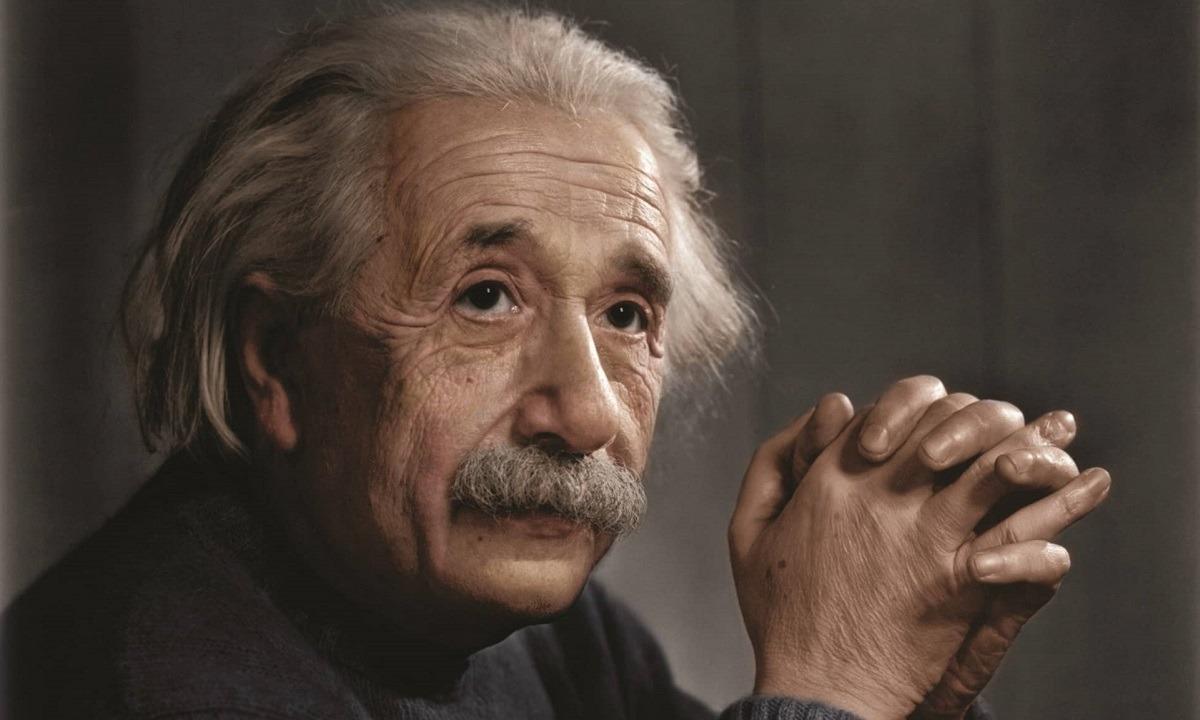 Τι είναι η θεωρία της σχετικότητας του Άλμπερτ Αϊνστάιν (vids)