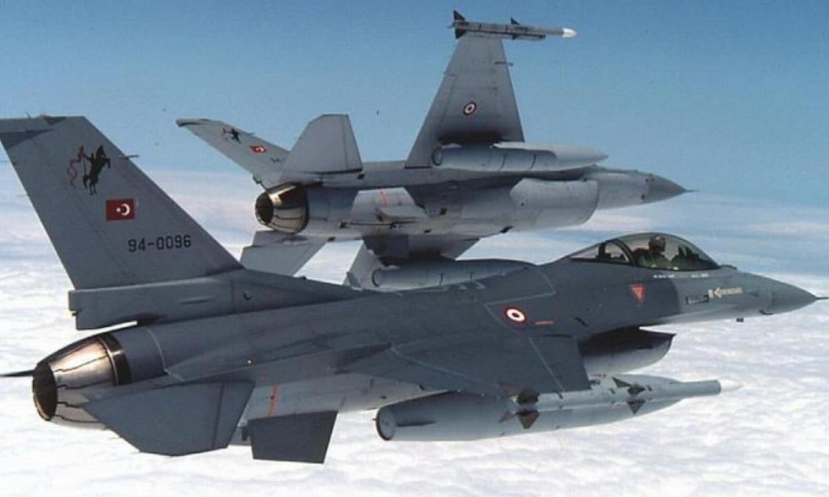 Ελληνοτουρκικά: Τουρκικό F-16 «στο χαντάκι» μετά από αερομαχία με ελληνικά μαχητικά