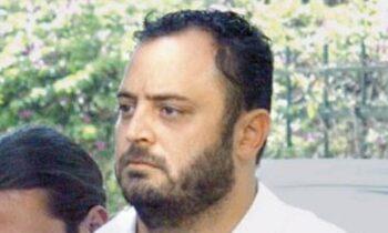 Απόστολος Πετράκης
