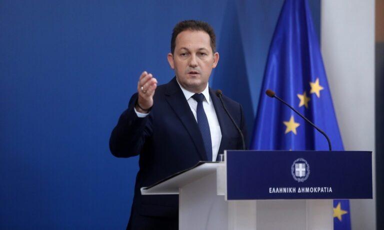 Πέτσας: «Δεν θα ανακοινωθούν νέα μέτρα – Πιθανή διεύρυνση του ωραρίου των καταστημάτων»