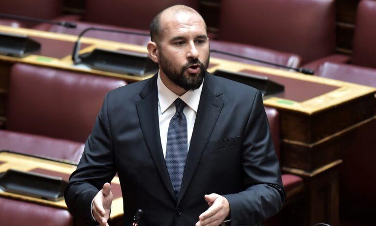 Τζανακόπουλος: Πήρε θέση για το Big Brother (pic)