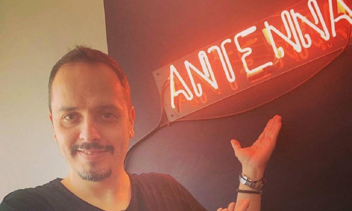 Τσουβέλας: Έρχεται στον ΑΝΤ1 με το θρυλικό Ταξί