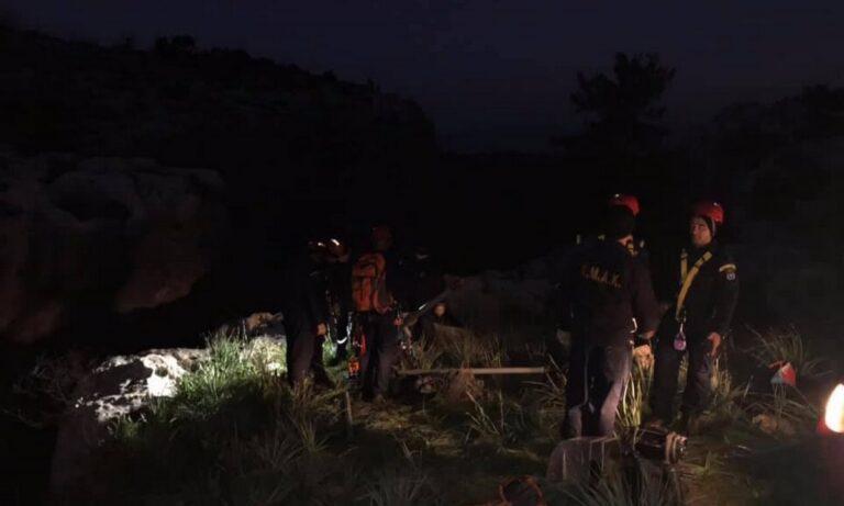 Τραγωδία στην Αχαΐα: Νεκρή 30χρονη μητέρα 4 παιδιών – Έπεσε σε γκρεμό με το αυτοκίνητό της