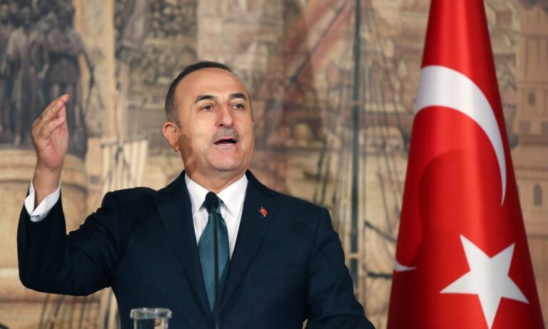 Οργή Τσαβούσογλου κατά Πελόζι: «Θα σέβεστε τον τουρκικό λαό»