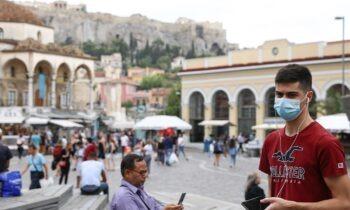 Κορονοϊός: Δεν υποχωρεί στην Αττική - Στο «τραπέζι» το μοντέλο του lockdown στη Μαδρίτη