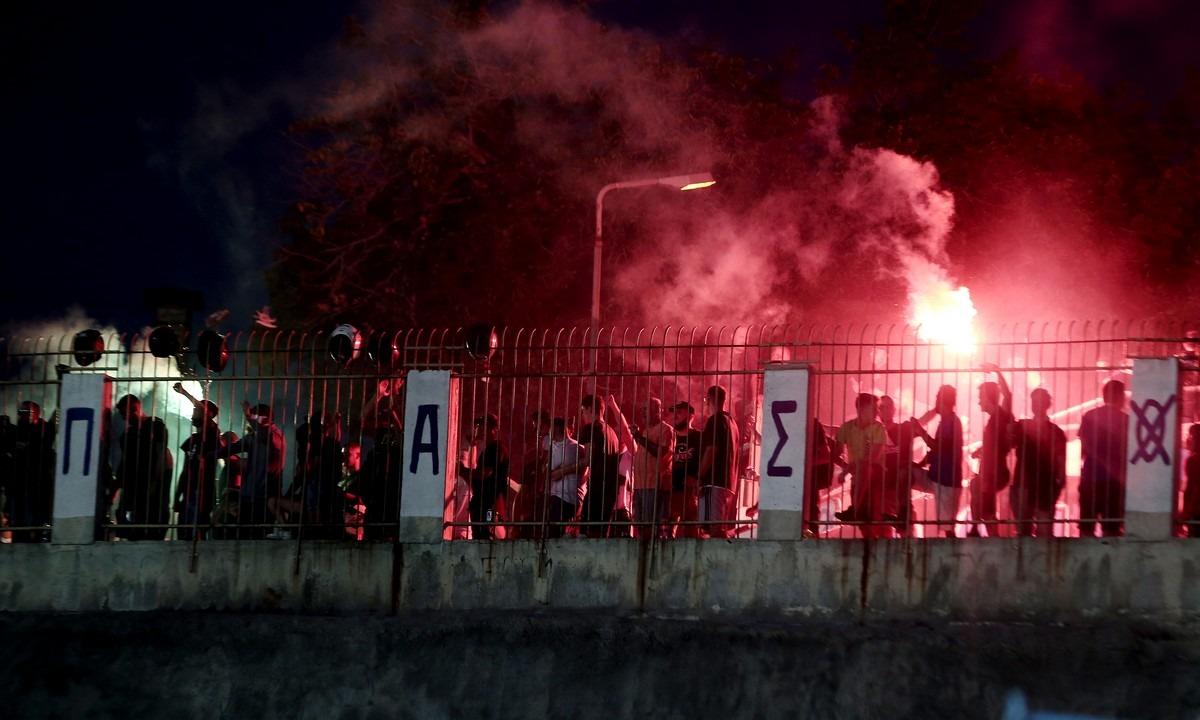 Παναθηναϊκός-ΠΑΟΚ: Μολότοφ, τραυματίες αστυνομικοί και μία σύλληψη (pic)