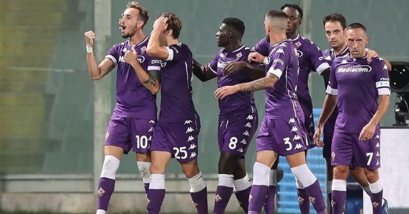 Serie A: Άνοιξε με νίκη της Φιορεντίνα και «γκέλα» της Ρόμα (vid)