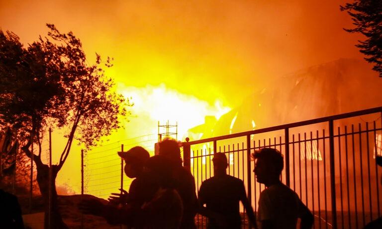 Έκτακτο: Ξέσπασε φωτιά στην Κηφισιά!