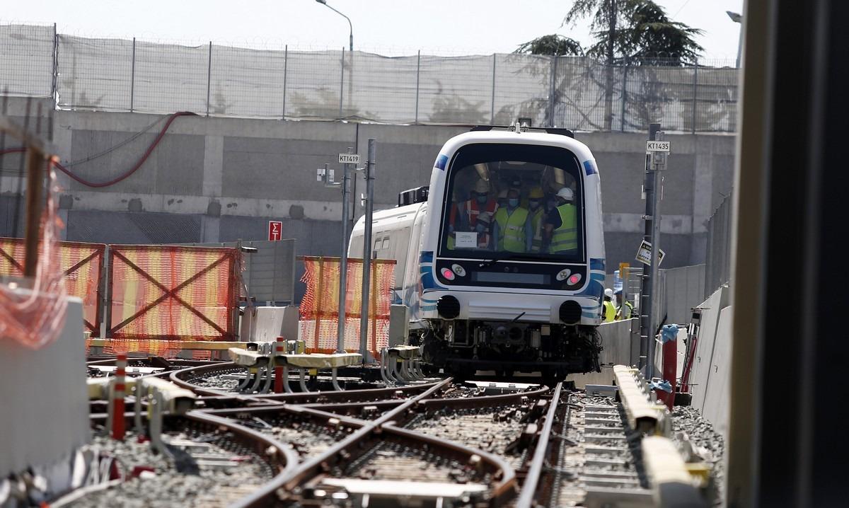 Κι όμως: Το μετρό Θεσσαλονίκης για πρώτη φορά εν κινήσει! (vids)