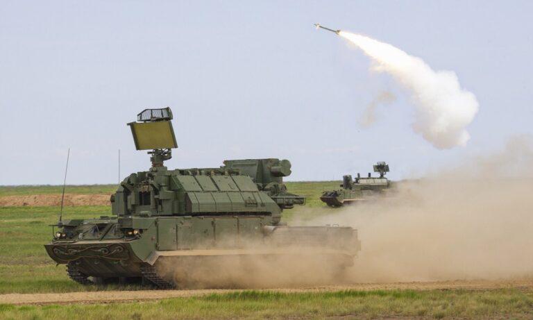 Ένοπλες Δυνάμεις: Τα ρωσικά όπλα που έχει η Ελλάδα και διαλύουν το Αζερμπαϊτζάν
