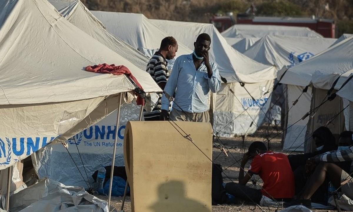 Καρά Τεπέ: Μπήκαν στο νέο καταυλισμό οι πρώτοι μετανάστες