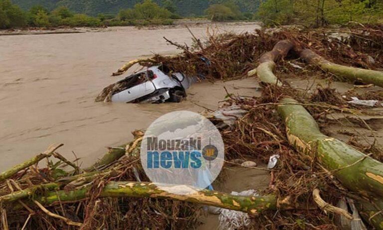 Μουζάκι Καρδίτσας: Καταστράφηκε το Κέντρο Υγείας – Έπεσε γέφυρα, διαλύθηκαν δρόμοι (vids)