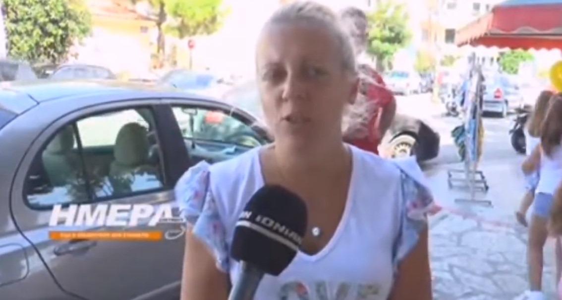 Σοκάρει μητέρα παιδιού που λιποθύμησε : Πήδηξα τα κάγκελα, δε με άφηναν να μπω (Video)