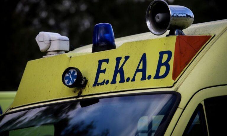 Θεσσαλονίκη: Γυναίκα έπεσε από το δεύτερο όροφο πολυκατοικίας (pic)