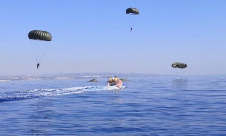 Ελληνικός στρατός: Ρίψεις Αλεξιπτωτιστών στην Κύπρο από C-130 της Πολεμικής Αεροπορίας (pics)