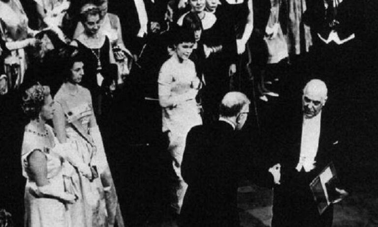 24 Οκτωβρίου: Το Νόμπελ Λογοτεχνίας στον Γιώργο Σεφέρη