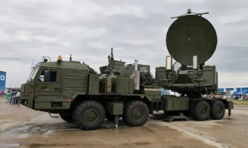 Ρώσοι: Μέσα σε 48 ώρες ρωσικό όπλο ηλεκτρονικού πολέμου μπλόκαρε 9 τουρκικά αεροσκάφη Bayraktar TB-2 που πετούσαν κοντά στη ρωσική στρατιωτική βάση στην Αρμενία.
