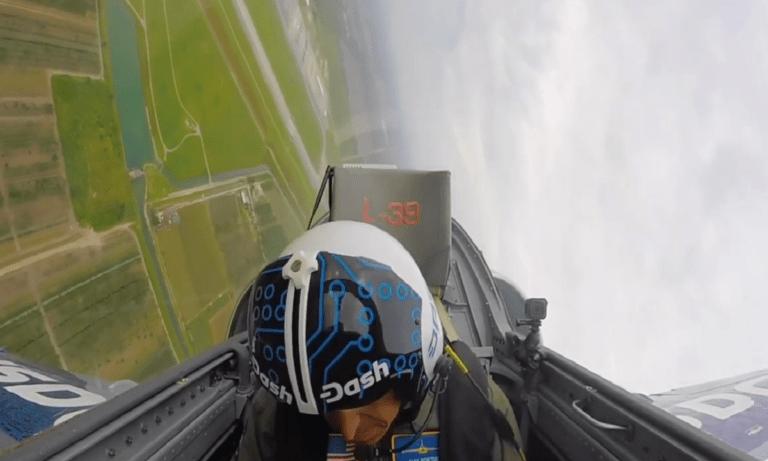 ΗΠΑ: Πιλότος αεροσκάφους λιποθύμησε στον αέρα λόγω της πίεσης (vid)