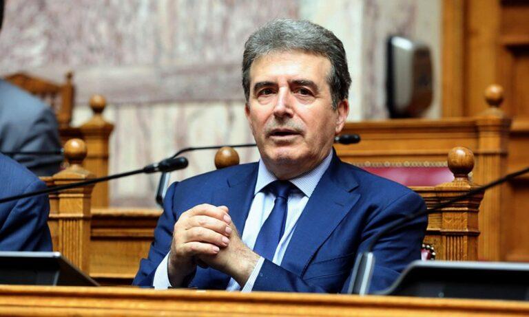 Χρυσοχοΐδης: «Έκκληση στους νέους να σταματήσουν τις συναθροίσεις»