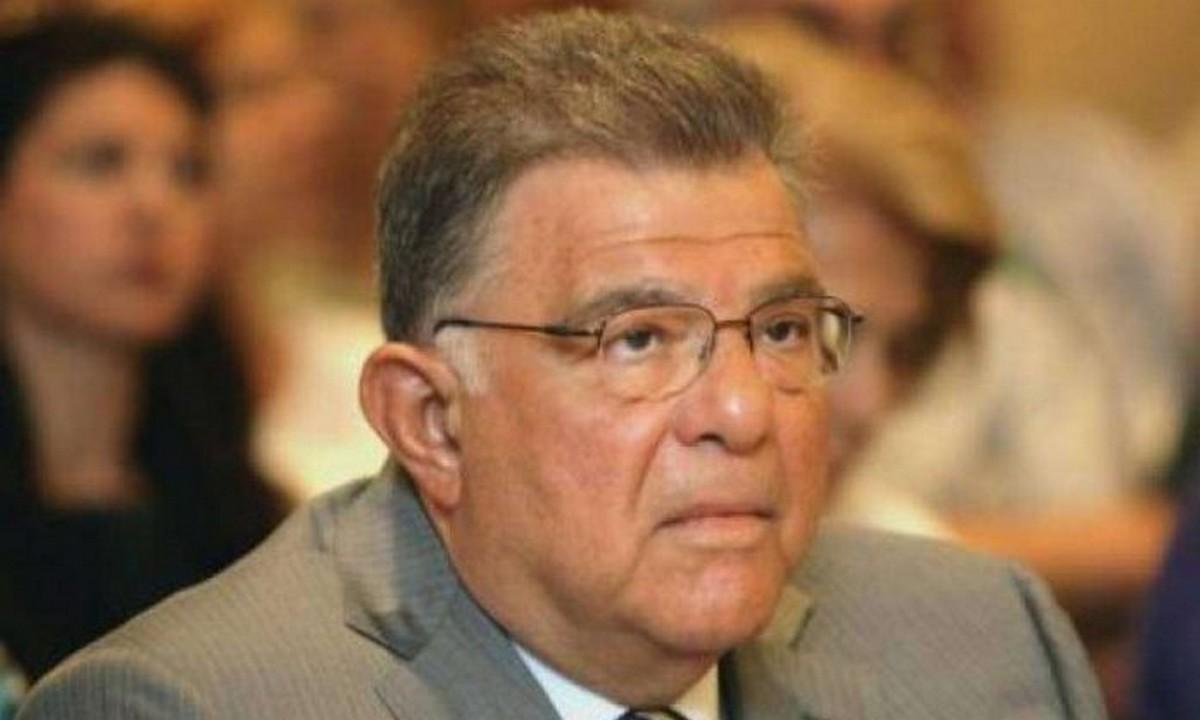 «Ενίσχυση του Στόλου τώρα»! Νέο καμπανάκι κινδύνου από Έλληνα επιχειρηματία! Επιστολή Εμφιετζόγλου στη Βουλή