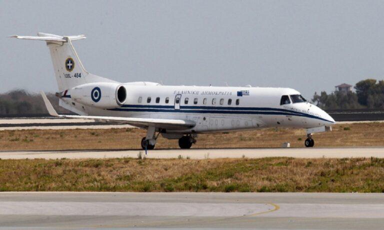 Ελληνοτουρκικά: Τσακώθηκε ο πιλότος του αεροσκάφους του Δένδια με τον Τούρκο ελεγκτή