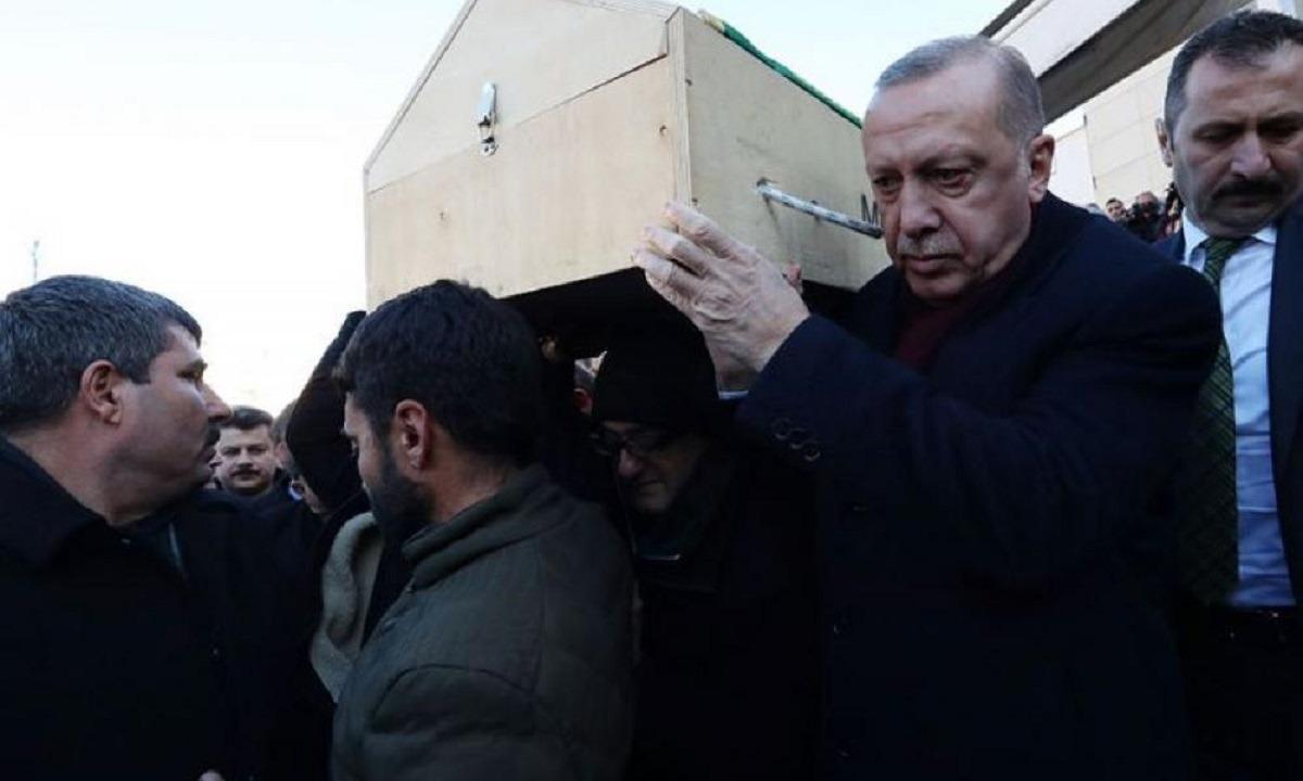 Αιγύπτιοι και Σαουδάραβες «σκοτώνουν» την Τουρκία με μποϊκοτάζ: Κατεβάζουν τη σημαία της από τα καταστήματα
