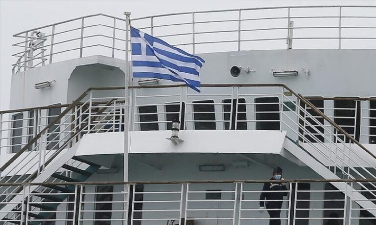 Ελληνοτουρκικά: Ασκήσεις με πραγματικά πυρά στις εθνικές εορτές Ελλάδας και Τουρκίας