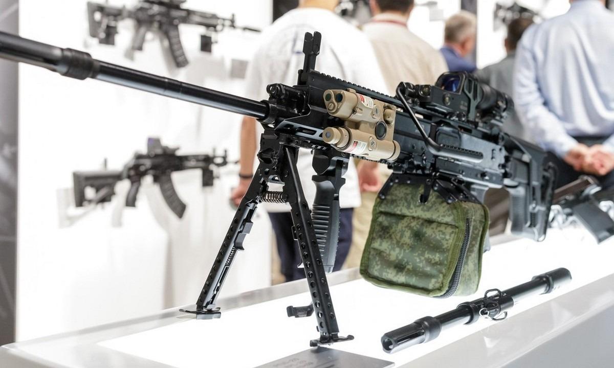 Ρωσικό πολυβόλο RPL-20: Η «Καλάσνικοφ» παρουσιάζει το νέο της όπλο (vid)