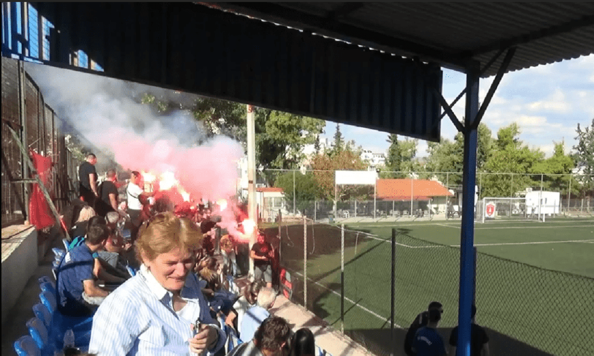 ΕΠΣ Αθηνών – Κορονοϊός: Ποια μέτρα; 100 άτομα και καπνογόνα σε ματς στην Κηπούπολη!