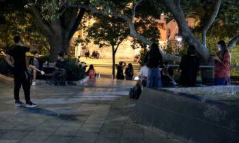 Κορονοϊός: Μάσκες παντού από σήμερα και απαγόρευση κυκλοφορίας το βράδυ