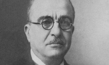 Τα απόρρητα είπε ο Ι. Μεταξάς προς τους εκδότες και αρχισυντάκτες των αθηναϊκών εφημερίδων, δύο μέρες μετά το OXI, στις 30 Οκτωβρίου του 1940 ήρθαν στην δημοσιότητας.