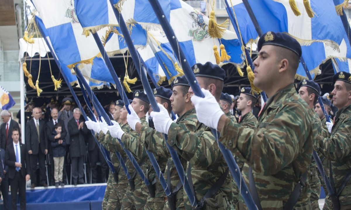 Ανθελληνικός… συνωστισμός στο Μαξίμου, για τις παρελάσεις της 28ης Οκτωβρίου!