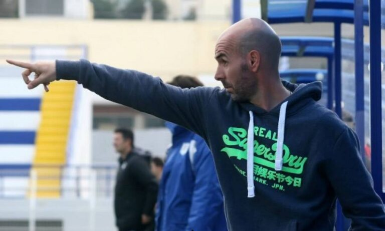 Φωστήρας: Επέστρεψε ο Σταυρακόπουλος στον πάγκο